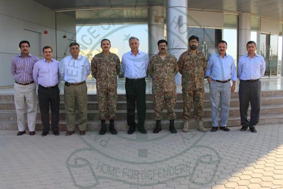 army-officers-visit-dck-3