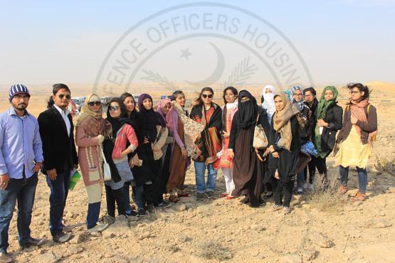 students-staff-uni-khi-quaideawam-uni-nawabshah-dck3