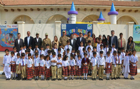 commander5-corps-visits-dha-city-karachi1